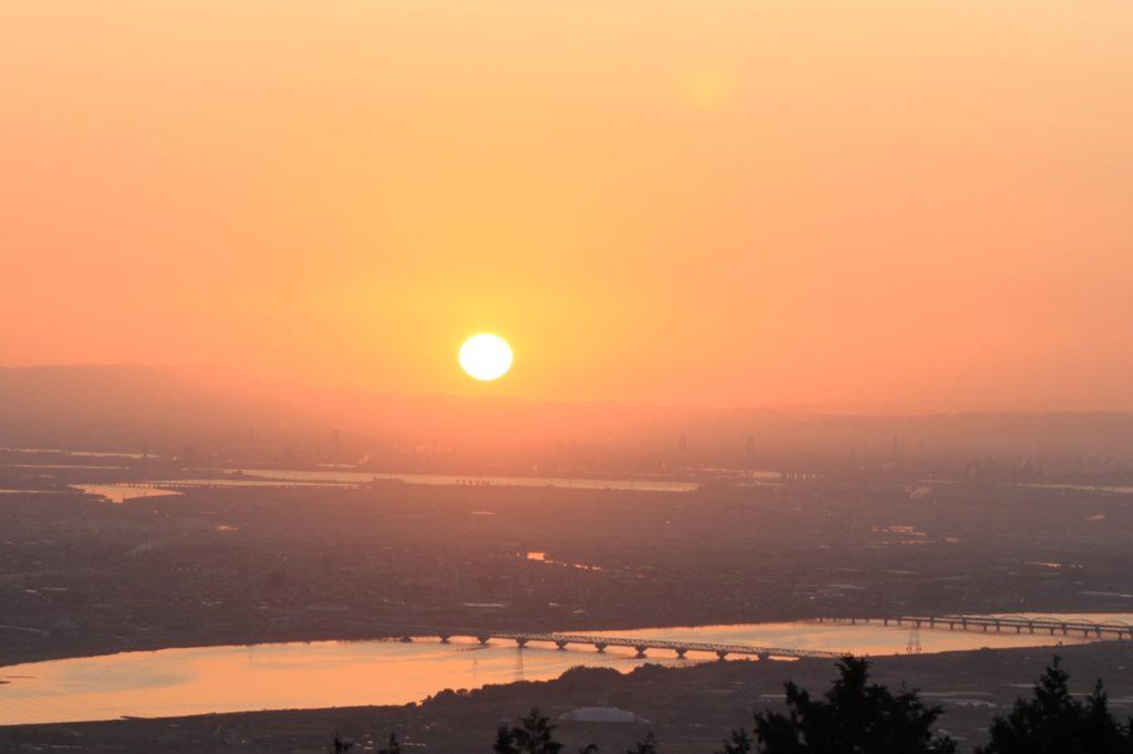 美しい日の出。あな多はどんな目標がありますか?