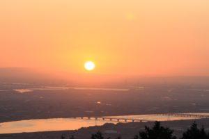 多度山上から見た日の出